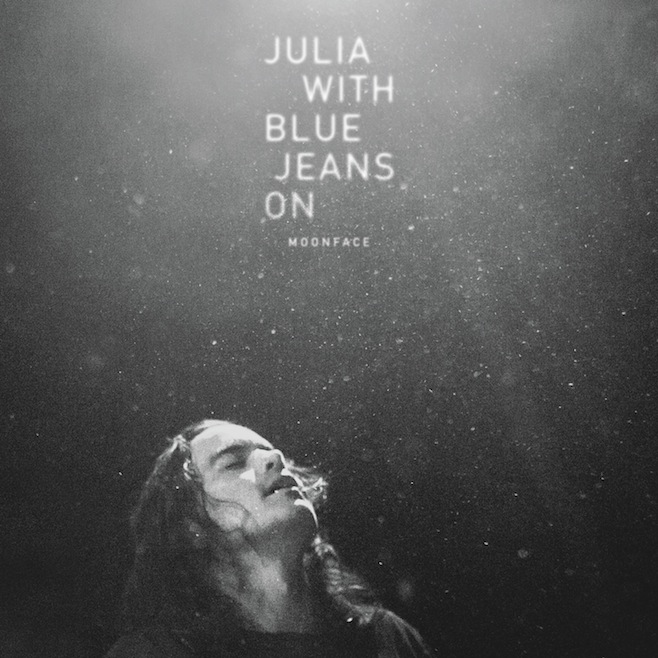 moonface-julia-with-blue-jeans-on