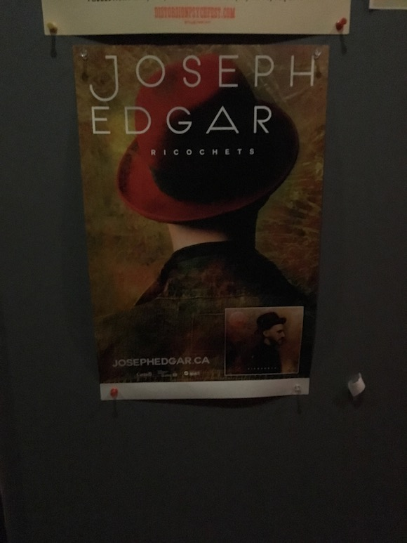 L'affiche de Joseph Edgar / Photo: Mathieu Aubry